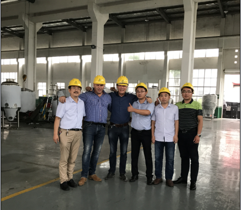 CUSTOMER COME TO VISIT OUR FACTORY